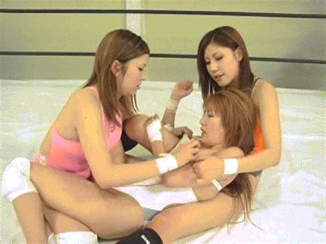 04  Porn Pic From Japanese Catfight Till One Cum 2 Lesbian Catfight S Sex Image Gallery
