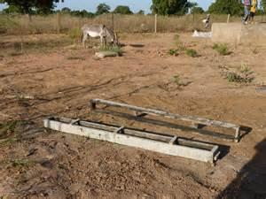 Faire Un Moule Pour Béton : fabriquer un moule pour beton fabrication d 39 un moule pour dalle beton youtube l utilisation ~ Melissatoandfro.com Idées de Décoration