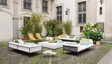 Living Divani Turns A 17th-century Courtyard Into A Modern