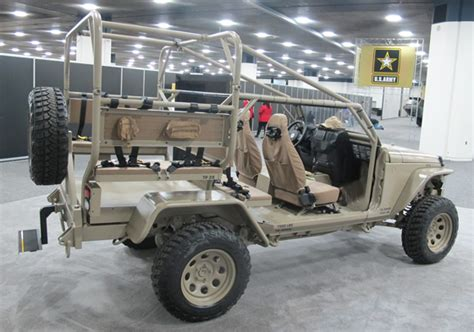 commando jeep hendrick 2016 detroit auto show highlights pickuptrucks com news