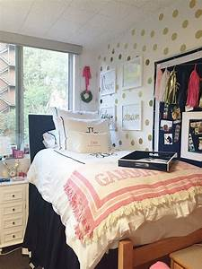 25 best ideas about room tour on pinterest serendipity for What kind of paint to use on kitchen cabinets for wall art for college dorms