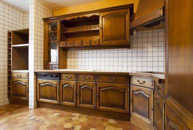 peinture speciale meuble cuisine r 233 novation cuisine la peinture pour peindre toute sa cuisine