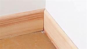 Plinthe Bois Electrique : poser des plinthes en bois sans clous ~ Melissatoandfro.com Idées de Décoration