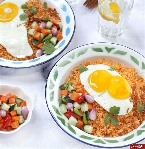Tahu telur (untuk 5 porsi) tahu putih ukuran sedang 5bh telur 10butir, daun bawang 1bgt, tapioka 1sdm, garam secukupnya. Nasi Goreng Telur Praktis Cepat Sedap Sekejap - Resep | ResepKoki