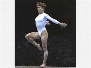 Kerri Strug biography, birth date, birth place and pictures