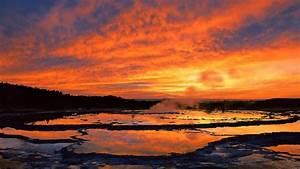 geyser yellowstone national park wyoming desktop