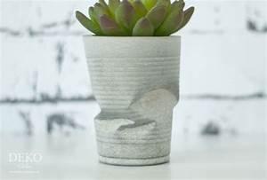 Beton Vase Selber Machen : diy coole knickvasen aus beton deko kitchen ~ Markanthonyermac.com Haus und Dekorationen