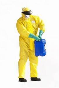 Produit Contre Les Termites : combinaison int grale avec capuche contre la perm ation de produits chimiques et les jets liquides ~ Melissatoandfro.com Idées de Décoration