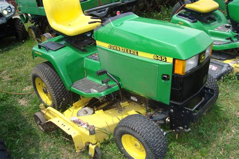 John Deere 445 Garden Tractor  Garden Ftempo