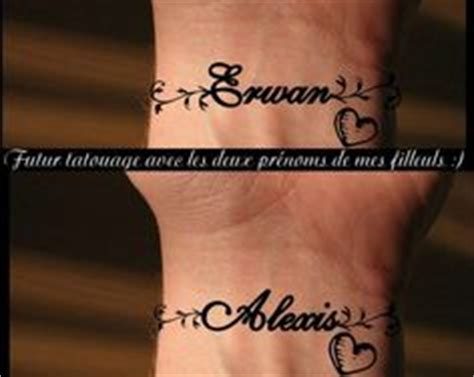 tatouage prénom poignet tatouage poignet prenom mod 232 les et exemples