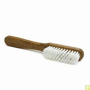 Brosse Pour Nettoyer Radiateur : brosse d crottoir pour nettoyer le cuir avant entretien ~ Premium-room.com Idées de Décoration