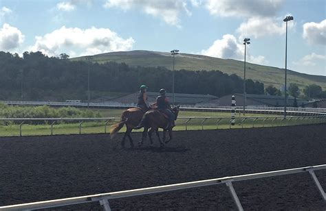 racing returns  eries presque isle downs sports