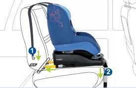 siege isofix renault siège auto bébé isofix attitude prévention