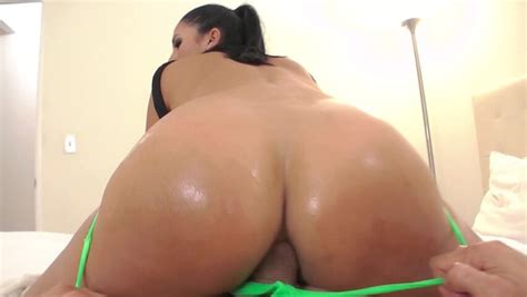 Big Latina Ass Deserves A Big Cock To Fuck It Deep