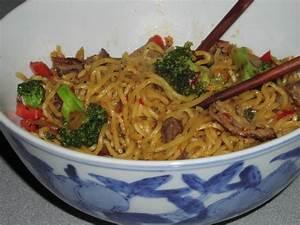Yakisoba Noodles With A Kick Vegetarian) Recipe - Genius ...