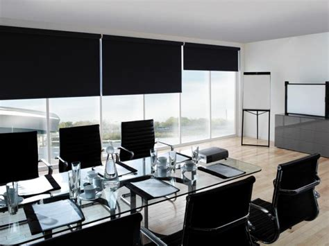 find roller blinds contractor  office