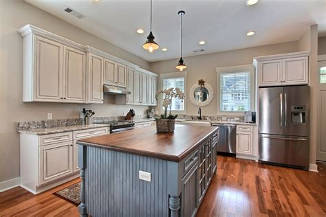 cuisine et comptoir avignon comptoir de cuisine couleur image sur le design maison