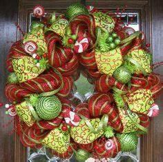 12 Unusual Christmas Wreaths