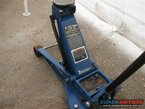 how to refill a leaking sam s club quot michelin quot floor jack