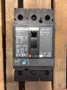 Square D Powerpact Circuit Breaker Jgl26200 200 Amp 600