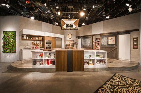 cuisine en noyer cuisine studio armoire de cuisine en bois de noyer clair