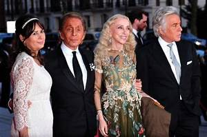"""The Glamour of Italian Fashion 1945-2014″: il Victorian ..."