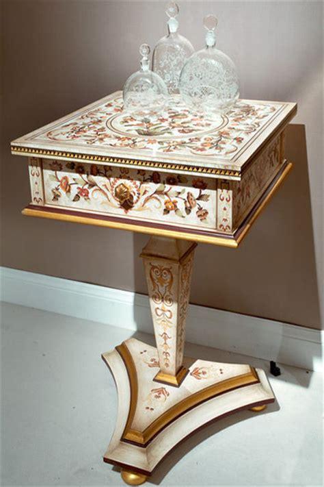 modern home furnisings  renaissance style luxurious
