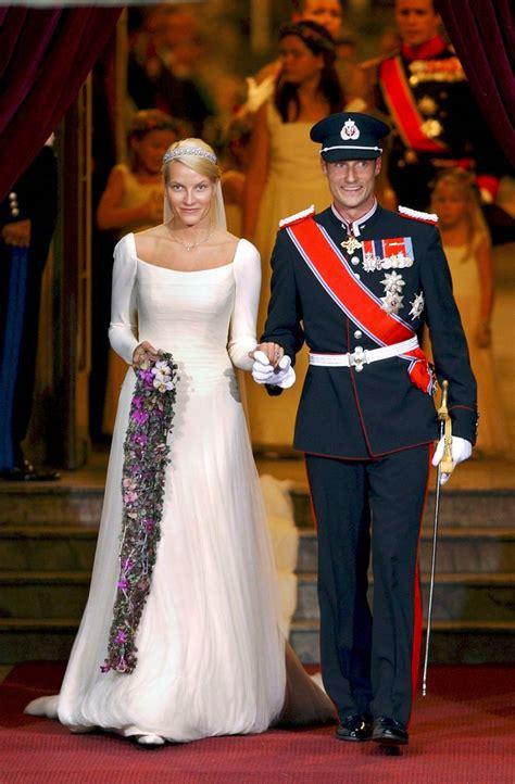 Maybe you would like to learn more about one of these? Kuninkaallista rakkautta: Norjan kruununprinssi Haakon ja Mette-Marit