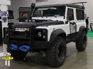 4x4 Land Rover : 21 best images about land rover defender on pinterest an adventure racer and range ~ Medecine-chirurgie-esthetiques.com Avis de Voitures