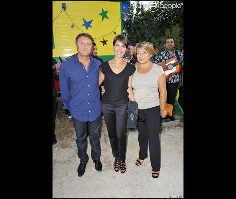 alessandra sublet entour 233 e de ses parents lors de la soir 233 e de solidarit 233 chico les gypsies au