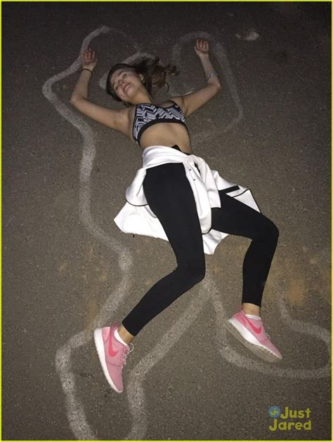 Stefanie Scott Shows Off Her Toned Midriff While Hiking Up ...