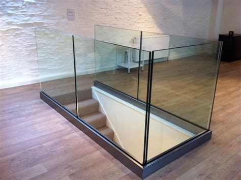 mirrors for the shower balustrades