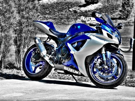 Free Download Full Size Blue Suzuki Motorcycle Wallpaper