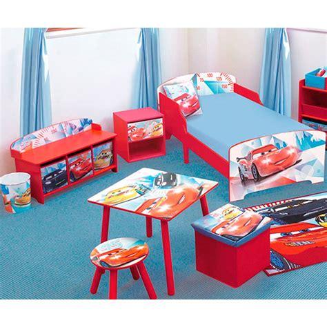 chambre cars disney banc et coffre de rangement cars racing disney coffre à jouets sur bébégavroche