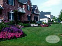 Traditional Home Garden Decor With Flower Landscape Architects Landscape Designers