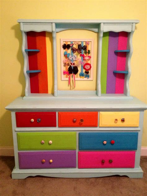 rainbow dresser     daughter rainbow room
