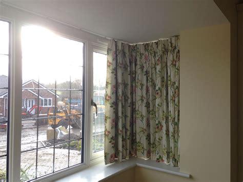 valance bay window curtain track in square bay window livingroom