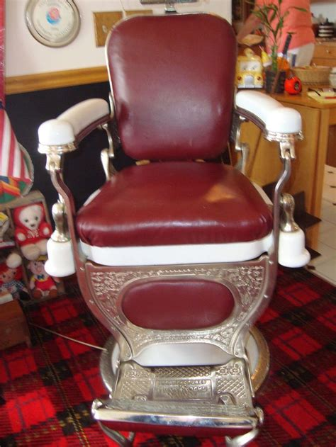 theo a kochs barber chair excellent condition needs cover