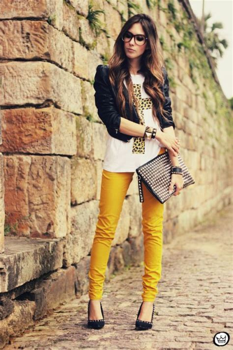 Yellow Pants Outfit Ideas