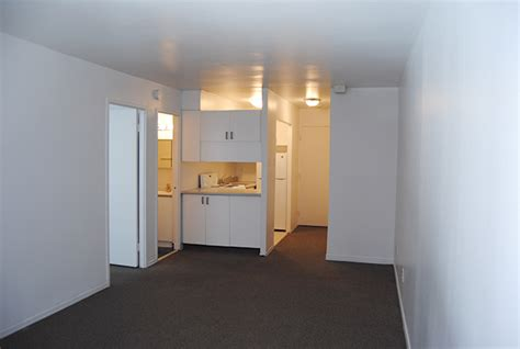 Appartments Montreal by Apartments For Rent Montreal The Lorne Apartments