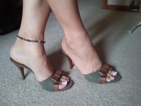 high heel shoes heels   page