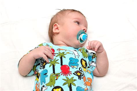 How To Determine If Your Infant Has An Ear Infection 4 Steps
