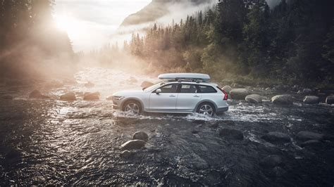 Volvo Xc90 4k Wallpapers by 2018 Volvo V90 Cross Country Volvo Race 4k 2
