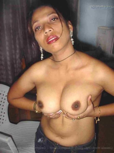 Indian Bhabhi Nude Photos • Xxx Pics
