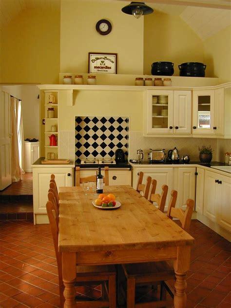 ideas  irish cottage decor  pinterest