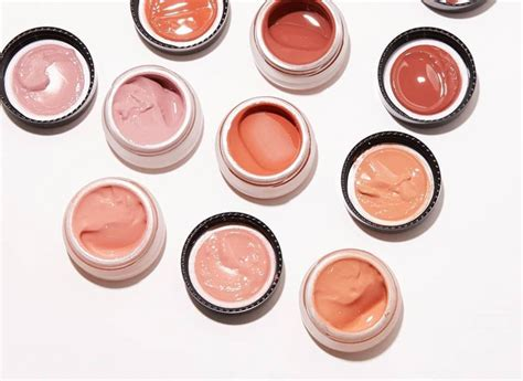 Новинки от Fenty Beauty . Cheeks Out Freestyle Cream Bronzer & Blush . Кремовые румяна и бронзер YouTube