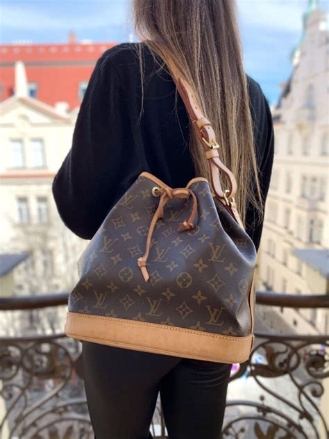 louis vuitton petit noe nm monogram canvas luxury bags