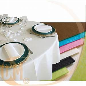 Nappe De Table Ronde : nappe ronde jetable en papier non tiss diam 240 cm achat nappes ~ Teatrodelosmanantiales.com Idées de Décoration