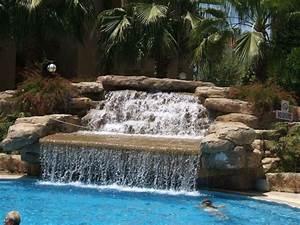 Wasserfall Für Pool : bild wasserfall am pool zu hotel miramare queen in side ~ Michelbontemps.com Haus und Dekorationen