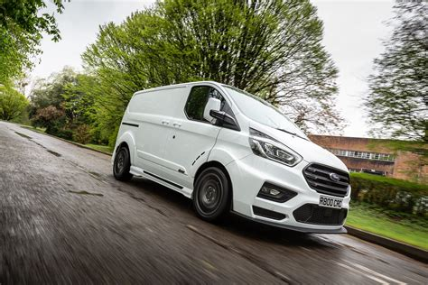 Ford transit custom van has always been renowned for its toughness, functionality and reliability. Ford Transit Custom MS-RT por M-Sport